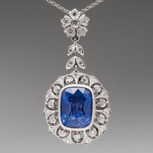 6.6 Carat Light Blue Sapphire & Diamond Pendant Necklace 18K
