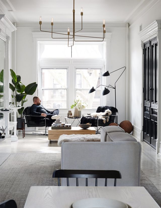 Four-story Monochrome Brownstone To Celebrate Day Of Love
