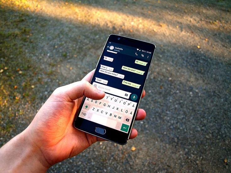 El 30 de junio Whatsapp dejará de dar servicio a algunos teléfonos móviles antiguos  A algunos quizá les pille por sorpresa pero que nadie se llame a engaño: el mensaje original data de febrero de 2016 así que ya no hay excusas si eres usuario de alguno de los teléfonos móviles o sistemas operativos que se detallan a continuación a los que Whatsapp dejará de dar servicio.  Recordemos que la empresa incluso dió una prórroga de seis meses pero lamentablemente para algunos de sus usuarios ya no…