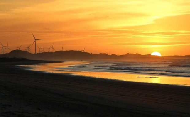 Pôr do sol na praia de Flecheiras, Ceará