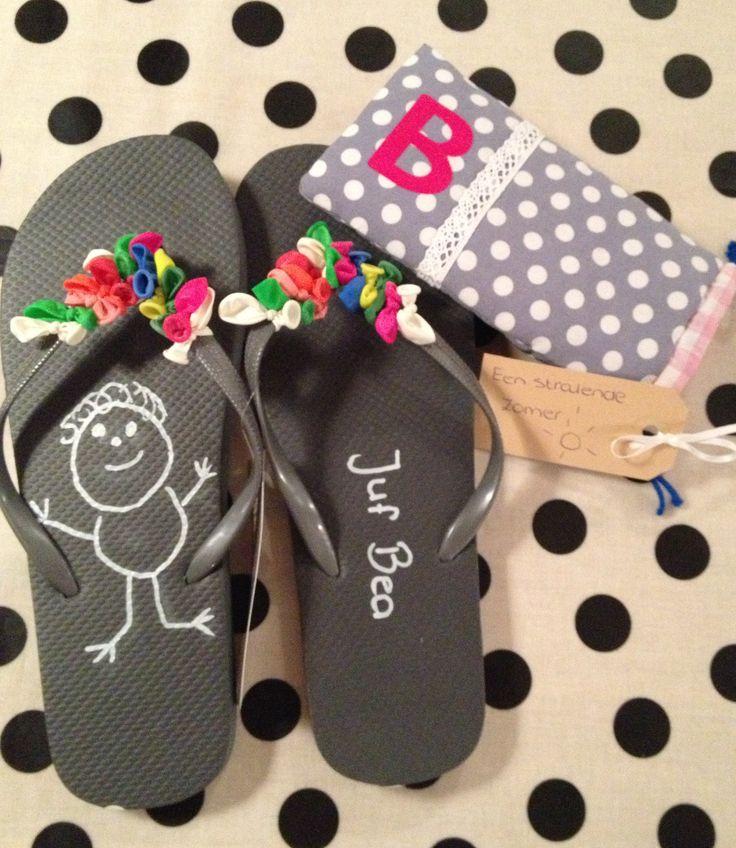 zomerse slippers als bedankje voor de juf!