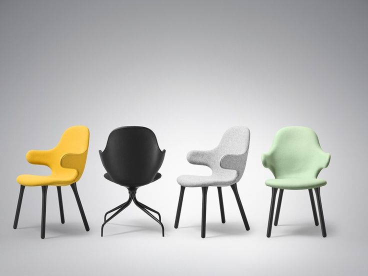The chair of Catch And Tradition designed by Jaime Hayon is characterized by its sinuous and modern.