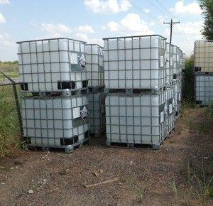 IBC Schutz 275 gallon Liquid Storage Tote
