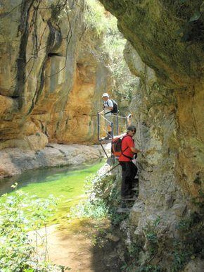 Ruta del rio Ebrón Teruel Spain Senderismo Hiking