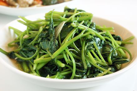 Stir-Fried Sweet Potato Greens (清炒地瓜葉) - Never knew how to use these!
