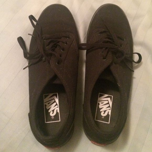 Black Vans (women's) All black vans, worn a few times, no scuffs or anything Vans Shoes Sneakers
