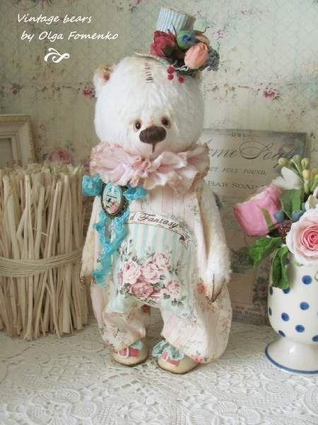 Teddy bear Simon By Olga Fomenko - Bear Pile