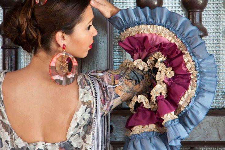 ▶️ Detalle de Traje de flamenca patchwork  💟 Diseño exclusivo de Viviana Iorio ▶️ Colección 2015, Sevilla, España 💌 info@vivianaioriotrajesdeflamenca.com