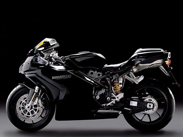 2006 Ducati Superbike 999 #bikes #motorbikes #motorcycles #moto #motocicleta