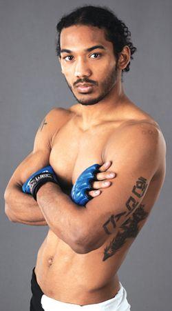 I love Benson Henderson!! One of My favorite UFC fighter.