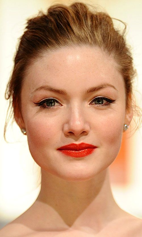 Luscious Red Lips   Get The Look Of  Holliday Grainger at BAFTA 2012