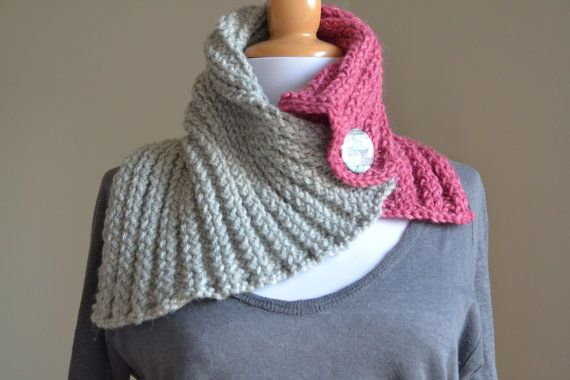 ALPACA Hand Knit Cowl - Cozy Cowl Neckwarmer - Fall Winter Accessories