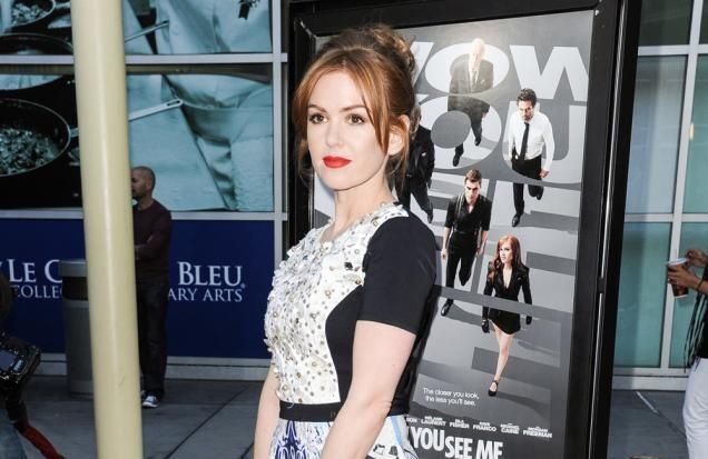 Isla Fisher was joined by her celebrity friends at a cooking class to celebrate her birthday. The pregnant 'Confessions of a Shopaholic' star turned 39 on Tuesday (03.02.15) and marked the occasion with a tutorial at EATZ Los Angeles, for which she was joined by husband Sacha Baron Cohen - with who she has daughters Olive, seven, and four-year-old Elula - Courteney Cox, Naomi Watts and Liev...