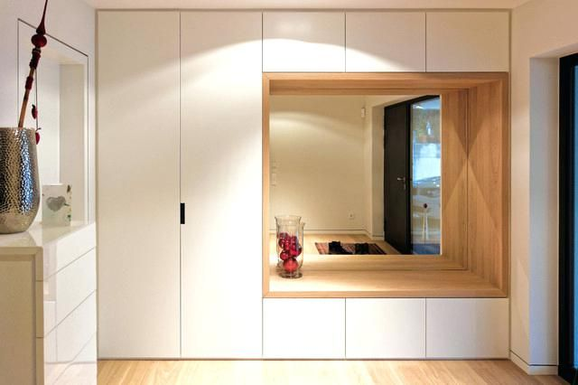 Garderoben Modern Eingangsbereich Mit Kombiniertem Garderoben Sitzmabel Contemporary Entry Garderoben Schrank Komnata Dizajna Dizajn Prihozhej Interer Prihozhej