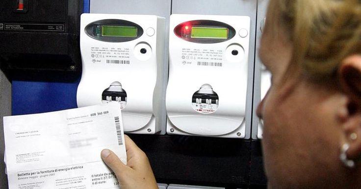 Le bollette elettriche non pagate saranno (in parte) a carico degli altri utenti