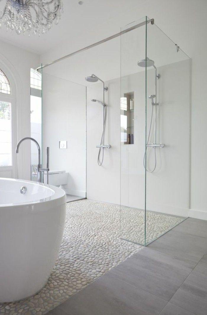 badgestaltung ideen bader ideen badezimmer in weis mit retro badewanne und natursteinen