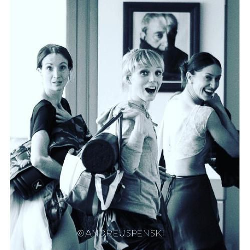 Lauren Cuthbertson, Sarah Lamb, and Marianela Nunez looking adorable photo by Andrej Uspenski