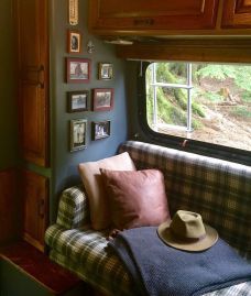 Rustic Rv Interior Remodeling Design Hacks Ideas 33