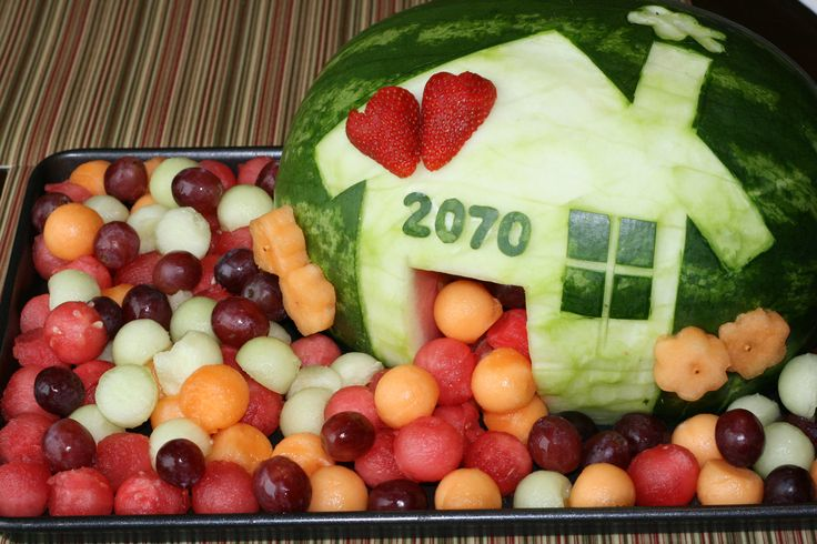 easy+creative+fruit+trays | Today I am thankful for a great company, good food and fun times ...