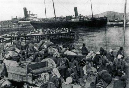 Greek refugees boarding ship, September 1922, Smyrna
