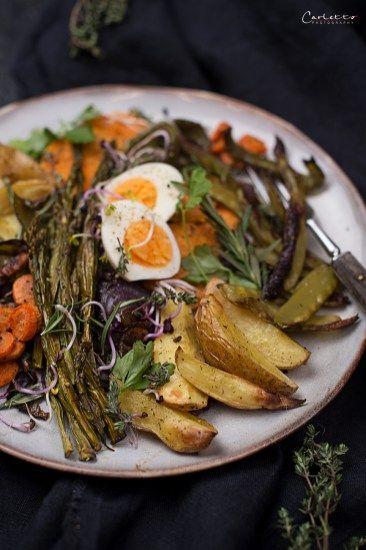 Ofengemüse mit Ei, Ofengemüse, Gemüse, veggie, Vegatarisch, Hauptspeise, Spargel Gemüse