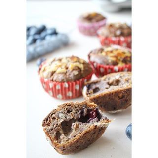 Time for a healthy snack: Rogge havermoutmuffins met pecannoten en blauwe bessen ☕️