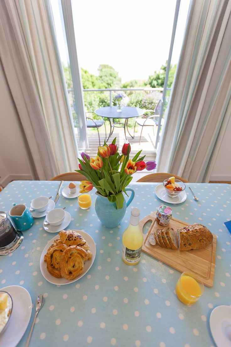 Inside dining with the feeling of being outside www.cherishedcottages.co.uk