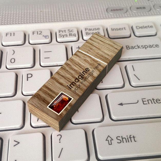 Geburtstag - USB stick gravur | Bernstein | 64GB USB 3.0 - ein Designerstück von ZaNa-Design bei DaWanda