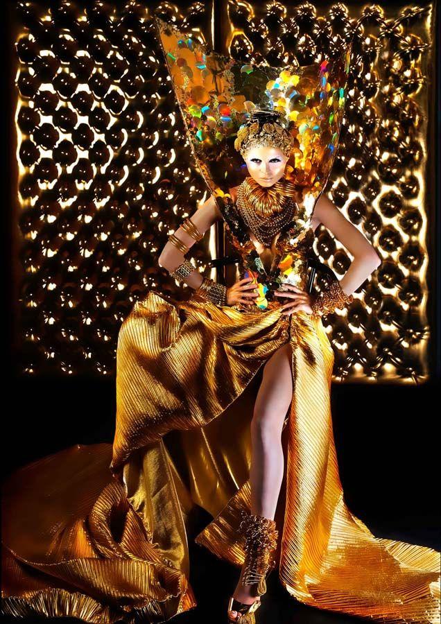 Rocky Gathercole Atelier, Philippines' top Avant Garde fashion designer. International fashion artist, Rocky Gathercole. Avant-Garde fashion designer in Manila, Philippines. Wedding Gown and Evening Gown designer.