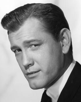 Born Henry Earl Holliman on Sept. 11,  1928 in Delhi, La..
