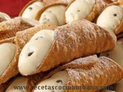 RECETA DE CANNOLIS, POSTRE TRADICIONAL ITALIANO | receta cocina informacion nutricional historia fotos paso a paso