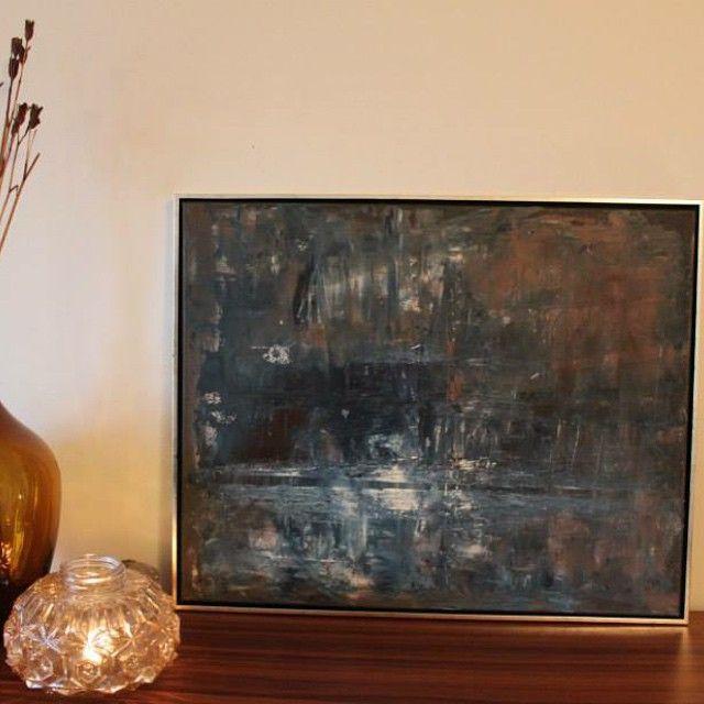Akrylmaling på lerret med sølvramme 60x75 cm, til salgs. Se også den gamle lampekuppelen som er perfekt som telysholder  #akrylmaling #malerier #acryl #paint #paintings #acrylic #diy #artwork #kunst #lamp #lampe