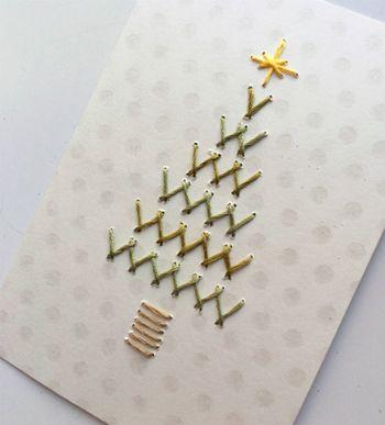 初めはこんなにシンプルなカードから! 刺繍の間隔が広いので、あっという間に完成しちゃいますよ♪