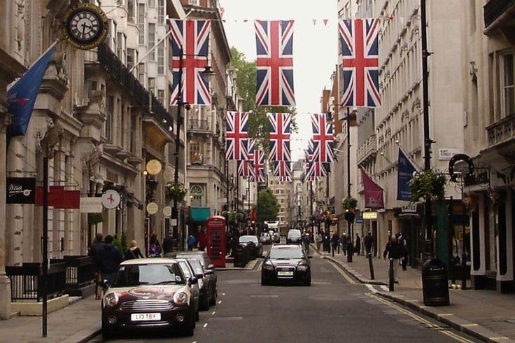 Gentlemen shops in St. James London