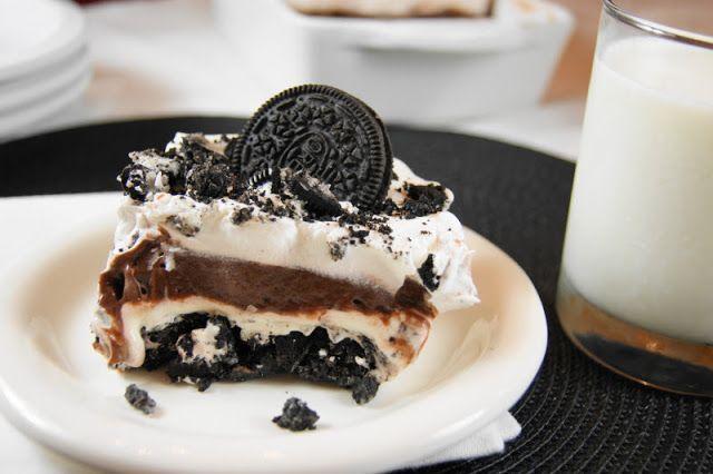 Υπέροχο γλυκό ψυγείου με μπισκότα όρεο και κρέμα σοκολάτας και βανίλιας