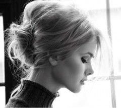 Gorgeous hairstyle.