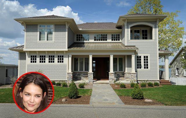 La villa di Katie Holmes a Devils Lake: Katie Holmes, Di Katie