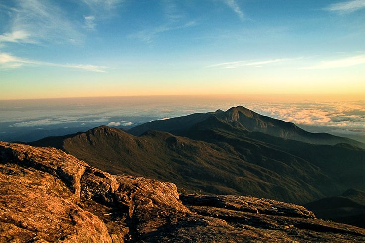 Vista para o norte a partir do Pico da Bandeira. Parque Nacional do Caparaó. Foto: Leonardo Pimenta de Azevedo
