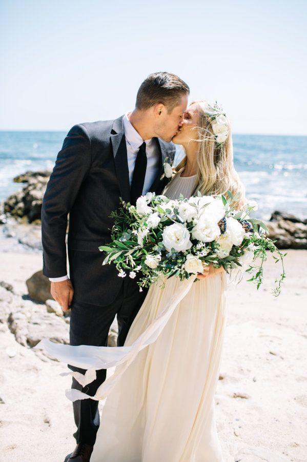 beach wedding in new jersey%0A Relaxed   Rustic Newport Beach Wedding