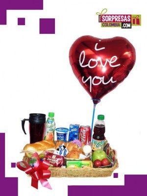 Desayuno Magico Sorprende con este especial DESAYUNO SORPRESA que enamorara una vez mas a esa persona especial. Visita nuestra tienda online www.sorpresascolombia,com o comunicate con nosotros 3003204727 - 3004198