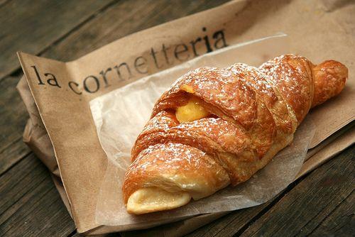 cornetto: must item for Italian breakfast