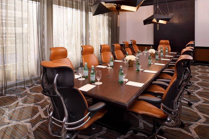 Louisville Marriott Downtown Jockey Boardroom Conference Setup