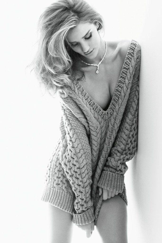 Rosie Huntington-Whiteley Vogue Germany Nov 2011