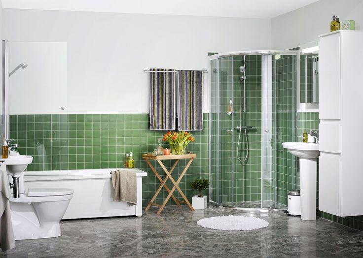 Mellanstort badrum. Vackert, funkisinspirerande badrum med mängder av miljösmarta lösningar från vår prisbelönta serie Nautic | GUSTAVSBERG