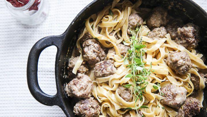 Har ni sett såna där one-pot pasta recept? Där man låter pastan koka i pastasåsen och så har man allt-i-ett. Jag har testat det men har aldrig riktigt fått det att bli bra. Så är det ibland, jag testar recept som jag inte riktigt blir nöjd med och då hamnar dom inte i bloggen förstås. […]