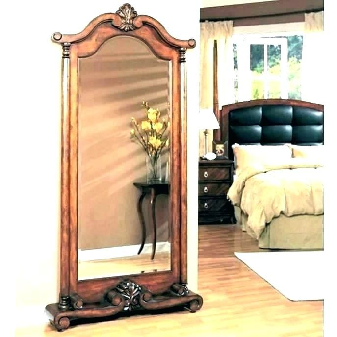 Stand Alone Mirror Bedroom In 2020 Bedroom Mirror Long Mirror With Lights Mirror