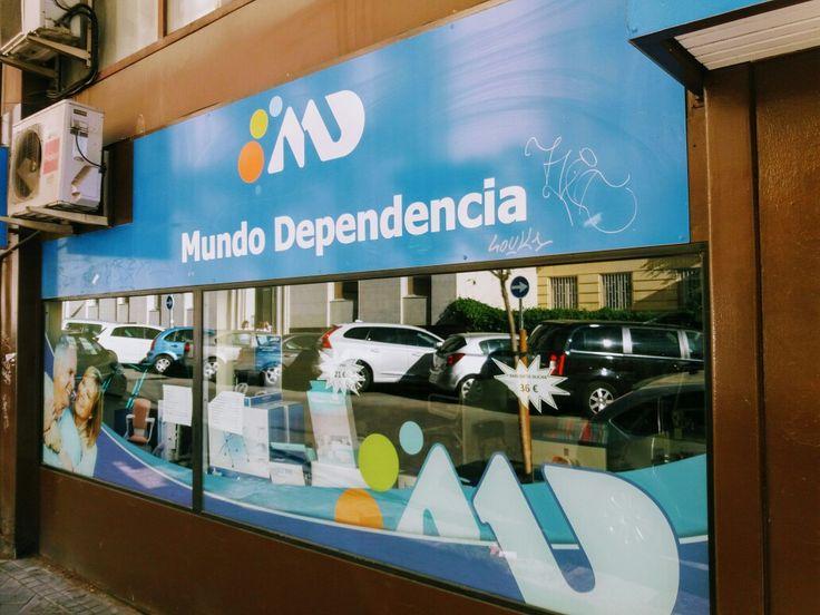 Venta de sillas de ruedas plegables y ligeras baratas Información 914980753 www.mundodependencia.com