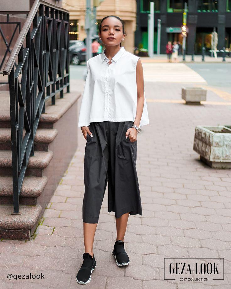 Свобода сегодня на пике моды🔝 Просторная рубашка без рукавов и свободные штаны немного ниже колена💣 Смотрите больше фото в сторис😘 Штаны • Размер: one-size • Цена: 4000р Рубашка • Размер: one-size • Цена: 4800р : Рост модели 168 см : ----------------------------------- 👉С вопросами и по заказу 👇 📲пишите в WatsApp +7 (963) 661-29-64 ----------------------------------- 📦 Доставка по Москве в пределах МКАД с примеркой ✈️ Доставка в другие города и регионы до двери 🚪…