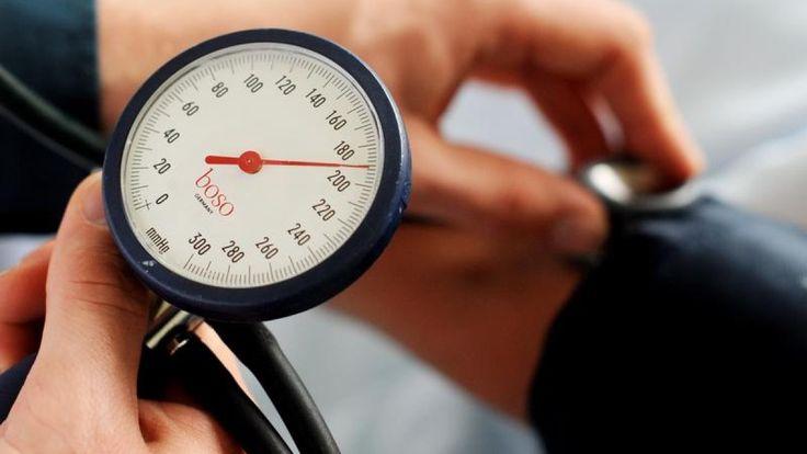 #Herz-Kreislauf-Probleme: Warum auch zu niedriger Blutdruck ein ... - Augsburger Allgemeine: Augsburger Allgemeine Herz-Kreislauf-Probleme:…