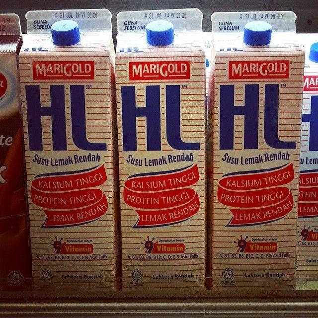 Nestle Bliss Low Fat Yogurt Drink 700g Strawberry: Marigold HL Low Fat Milk 1L (Pasteurized)